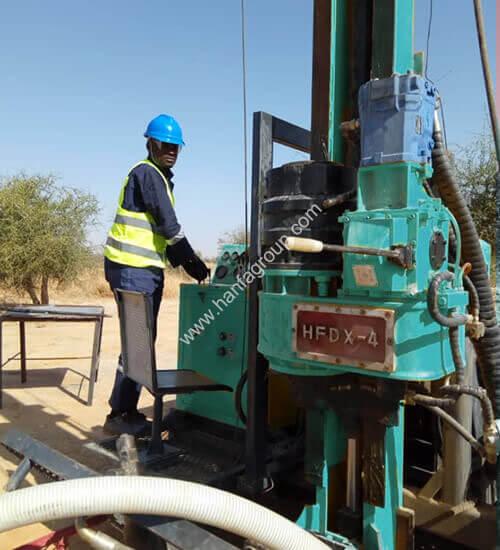 HFDX-4 core drilling rig